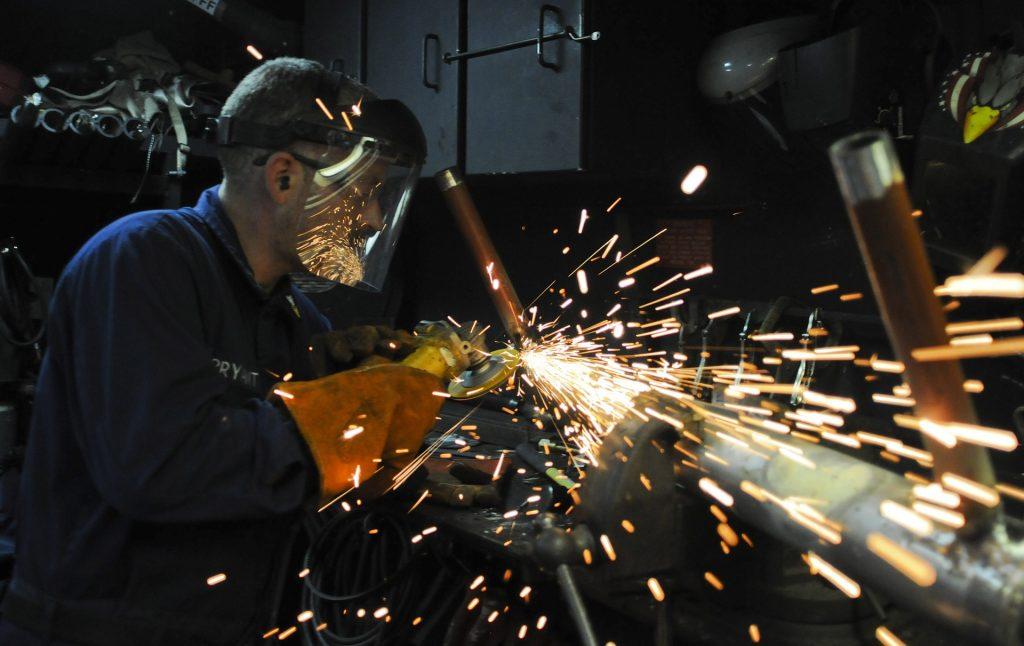 As esmerilhadeiras DeWalt são indicados para todos os tipos de trabalhos.