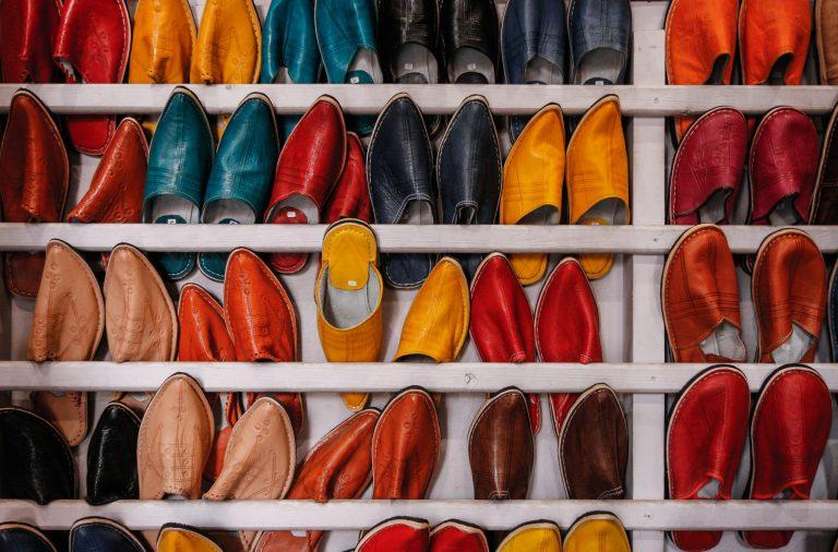 Imagem de um organizador de sapatos.