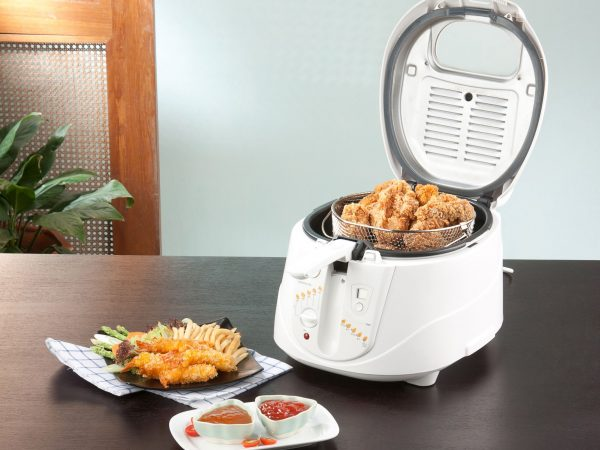 17015681 – let's do your chicken fried by using deep fryer machine comfortable and fast